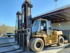 CAT Heavy Forklift
